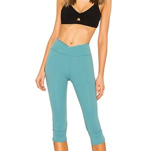 NWT Free People Movement Midrise Solid Leggings